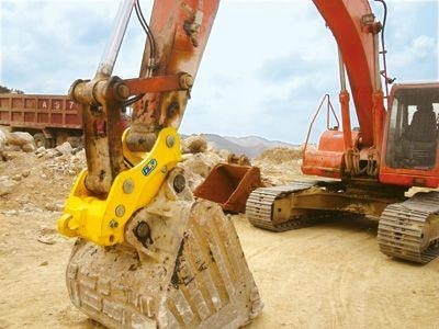 High Strength Excavator Quick Hitch To Switch Bucket To Breaker Wear Resistance